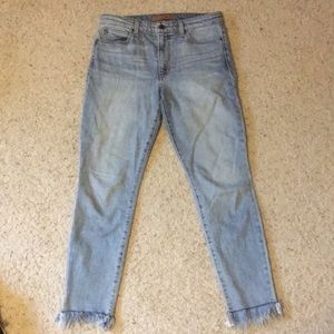 High waisted ankle length jeans